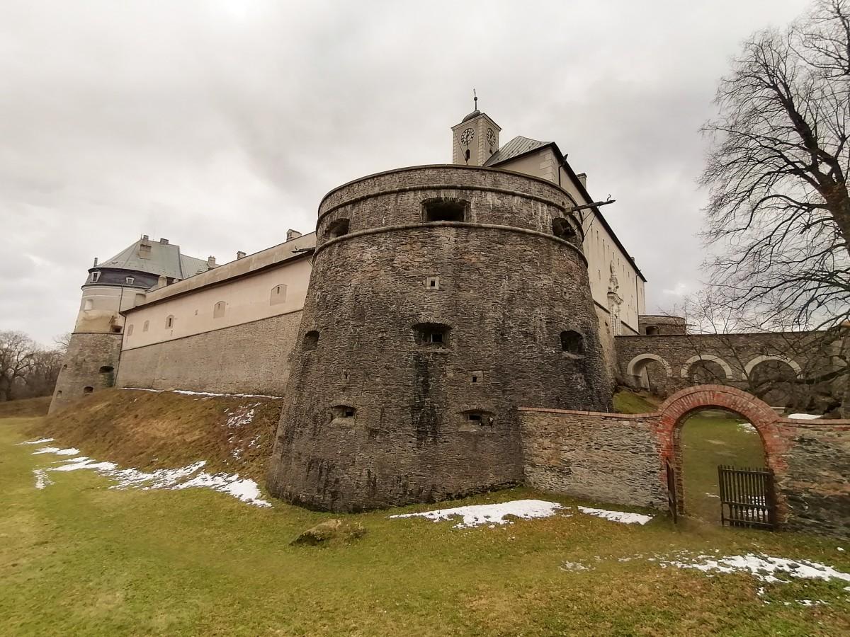 Kvíz - Najkrajší hrad v Malých Karpatoch - Červený Kameň
